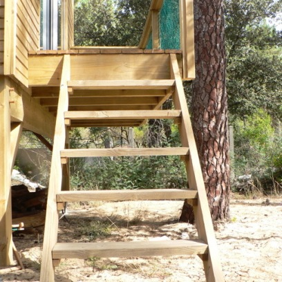 the Tiny House's access / l'acces au Tiny House